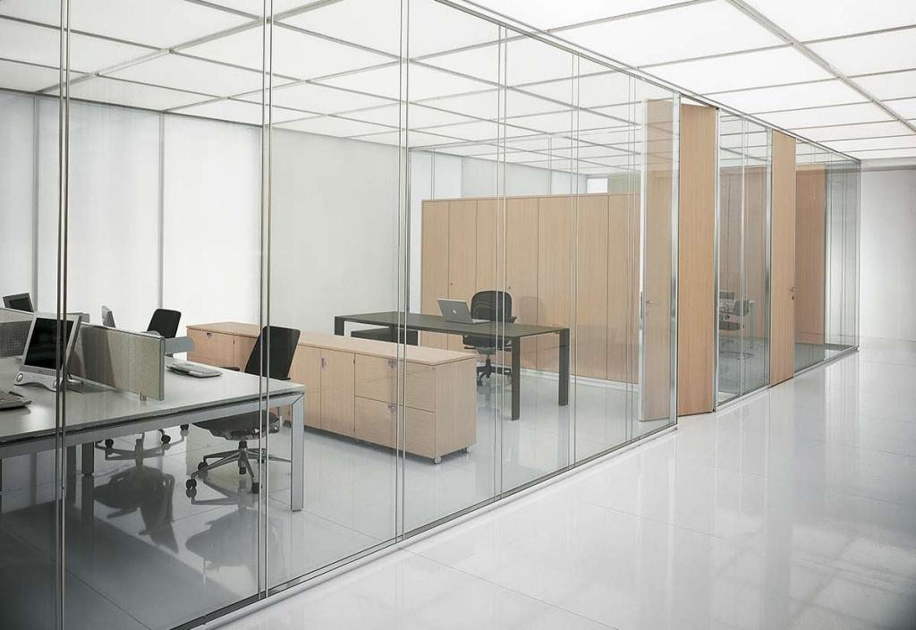 realizzazione arredamento uffici 12