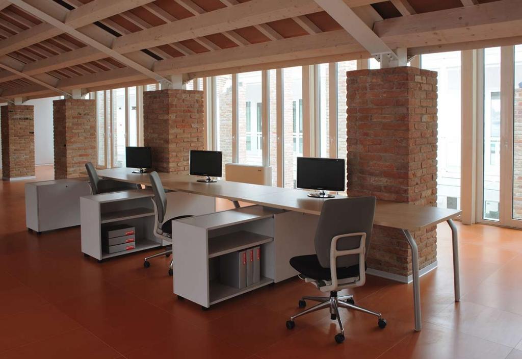 realizzazione arredamento uffici 3
